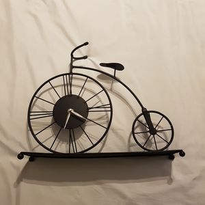 Bicycle mantle clock
